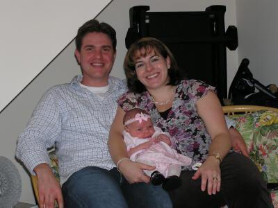 Neil Entwistle, his wife, Rachel Entwistle and their daughter, Lillian, in 2005.